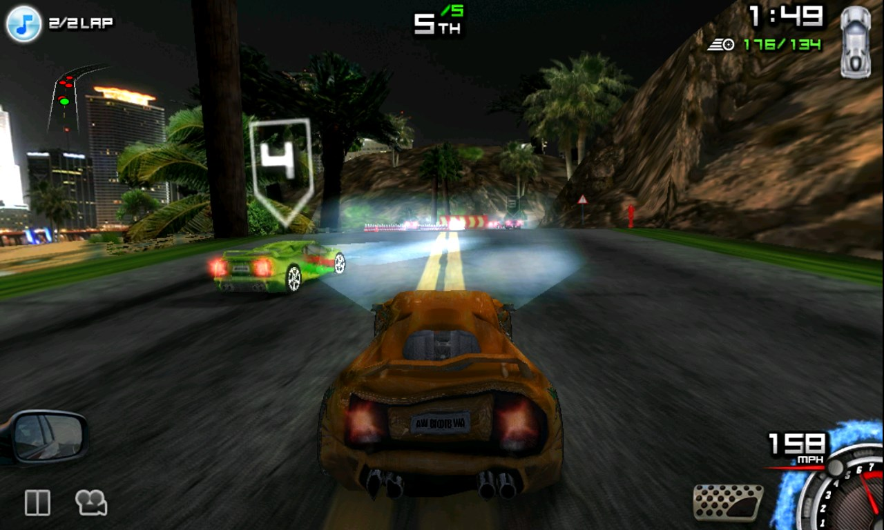 Game When Two Cars Drive Head One