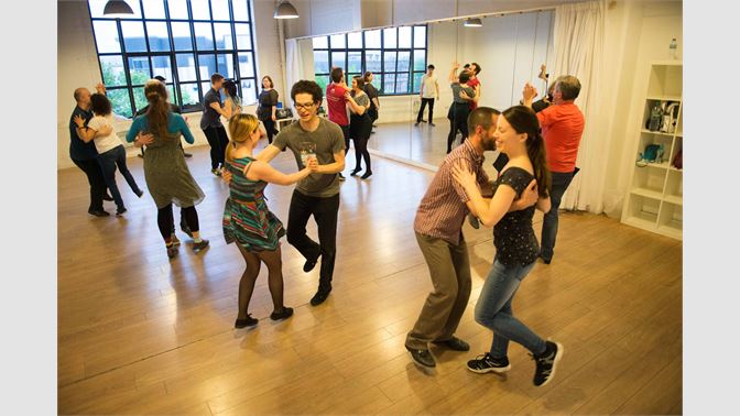Buy Swing Dance Lessons - Microsoft Store